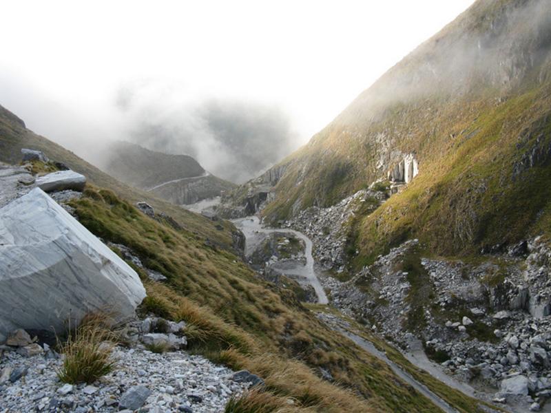 Sentiero 155 : da Arni allo Schienale dell'Asino
