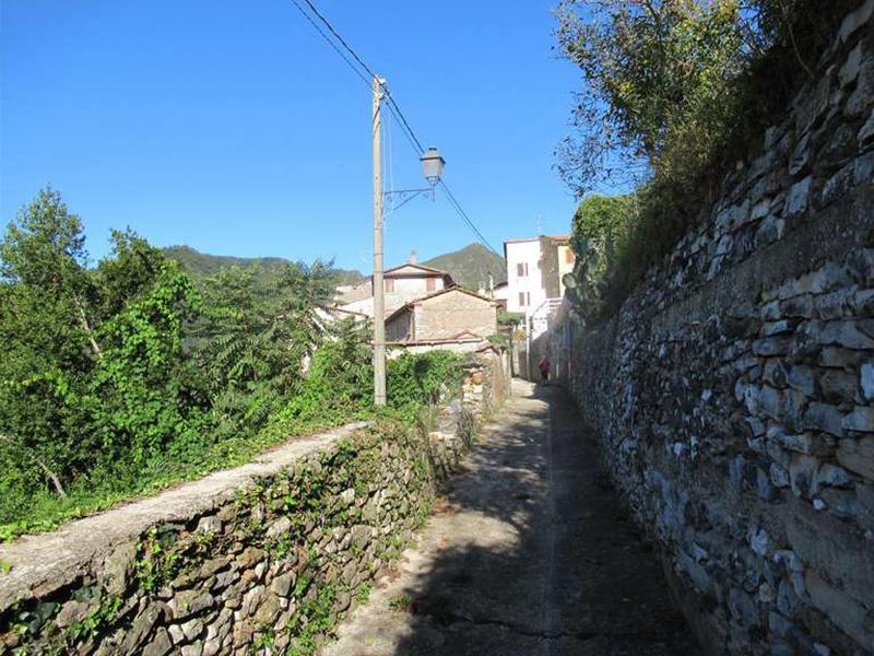 Sentieri - Seravezza - Riomagno - Fabbiano, Sentieri Alta Versilia