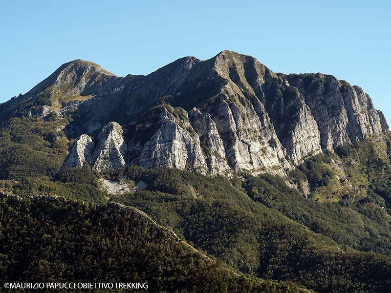 Itinerari - Anello tra il Corchia e la Pania della Croce alla scoperta dell'antico ghiacciaio delle Apuane