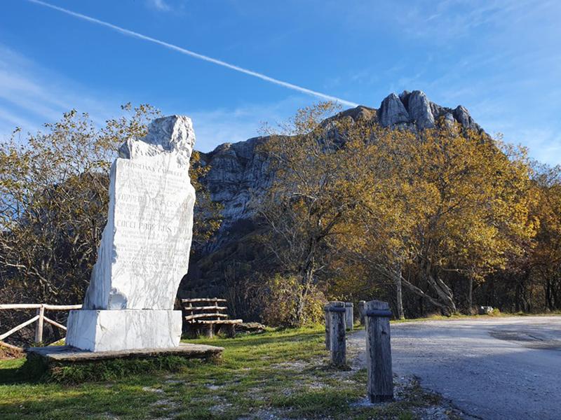 Anello tra il Corchia e la Pania della Croce alla scoperta dell'antico ghiacciaio delle Apuane