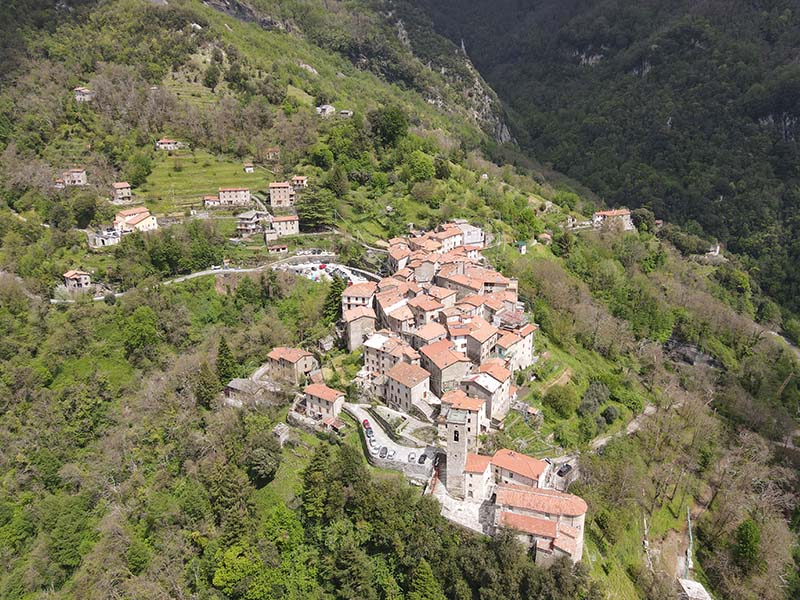 Sentieri - Retignano - Volegno - Pruno, Sentieri Alta Versilia