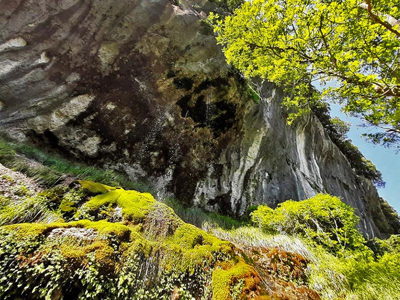 Itinerari - Alla Scoperta di Grotta all'Onda