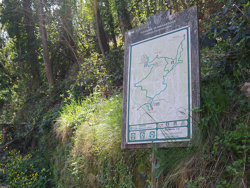 Sentieri - Sentiero del Castagno alla Ghirlandona
